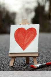 Cute painted heart wallpaper for Maxwest ANDROID 320