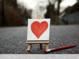 Cute painted heart mobile wallpaper for