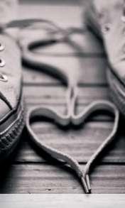 Heart made of shoelaces wallpaper for Lemon-Mobiles T39